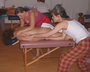 lomilomi-traditional hawaiian massage